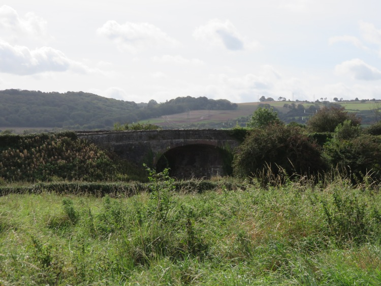 The railway bridge at Sheepway