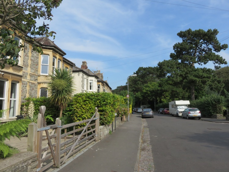 Effingham Road at the foot of St. Andrew's Park